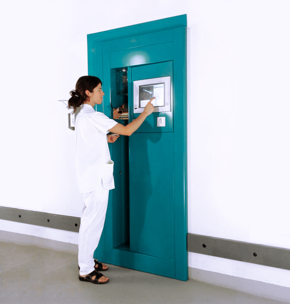 Porte de livraison pour tenues de travail dans les hôpitaux